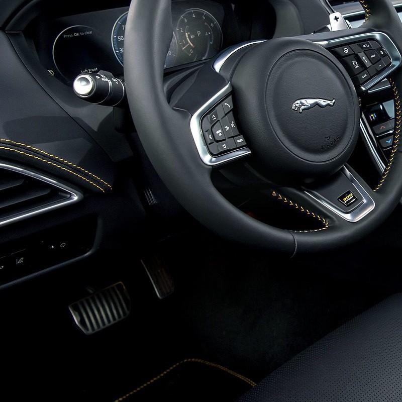 Pédalier Sport Jaguar XE (X760) à boîte automatique