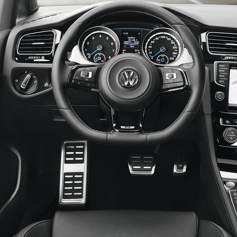 Repose pied Sport VW Golf 7 (5G)