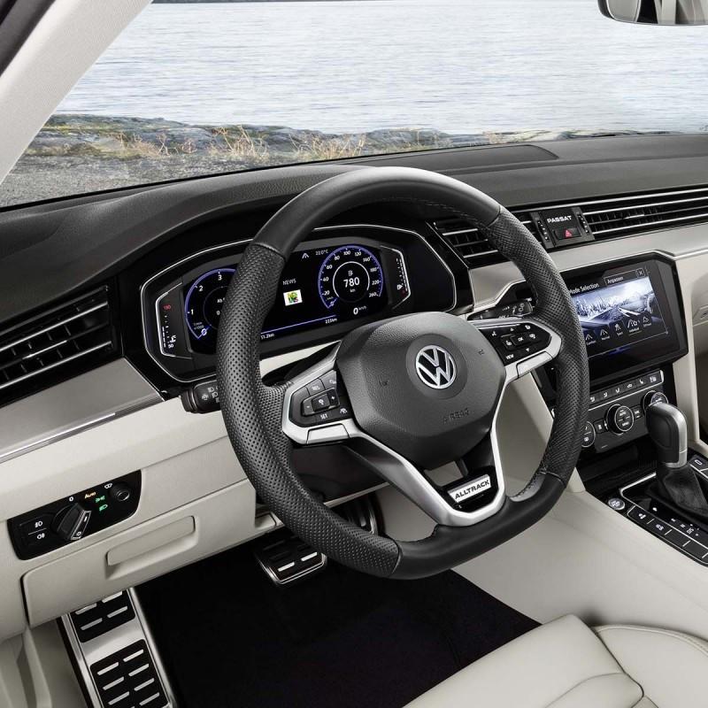 Repose pied Sport VW Passat (B8)