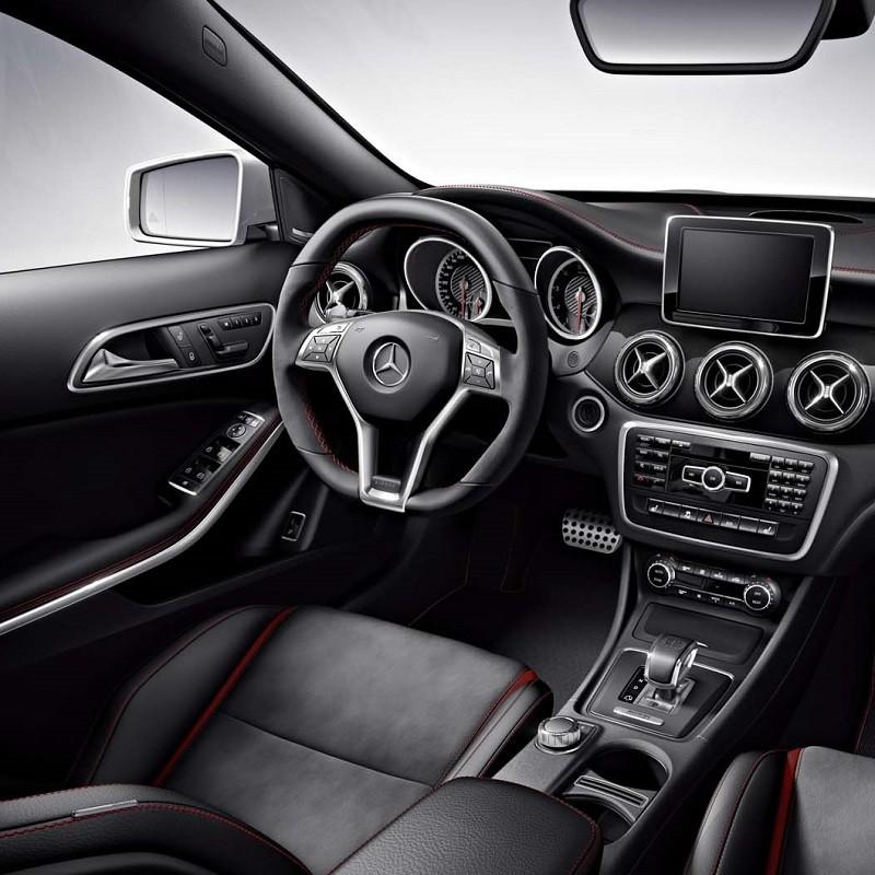 Pédalier Sport Mercedes GLA (X156) à boîte automatique