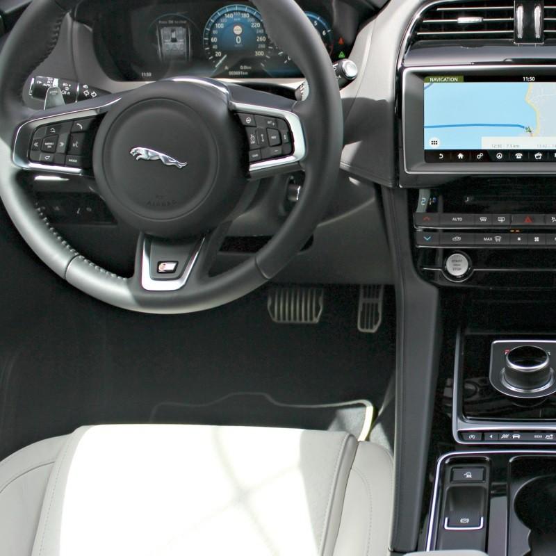 Pédalier Sport Jaguar F-Pace (X761) à boîte automatique